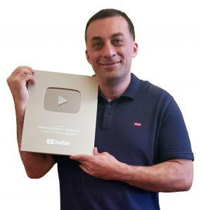 YouTube Expert - Silver Play Button Award